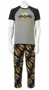 BATMAN Men's Sleepwear Set - 2 Piece Fleece Sleep Set DC Comics - Men's SMALL
