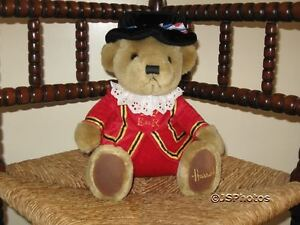 Harrods UK 11 Inch Beefeater Bear