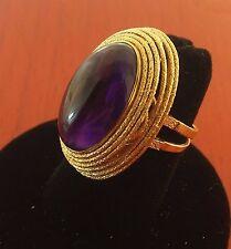 Mid-century Lady's 18 K Handmade Deep purple Oval-Cabochon Amethyst 25 Cts Ring