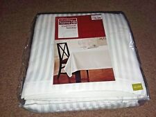White Traditional Tablecloth 60×120-Oblong-New