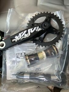 Race Face Chester Complete Crank Set DH 83mm 165mm 36t Chainring