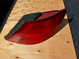 1997 Acura Cl Coupe Passenger Side Rear Tail Light Complete 1997-1999 OEM