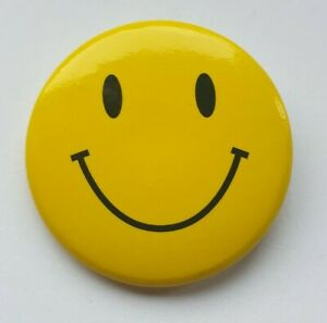 Smiley Face Badge 30mm Pin Button Anti-Mask Protest Anna Brees Acid Rave