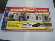 "LIFE-LIKE HO U/A ""MT. VERNON MANUFACTURING COMPANY"" PLASTIC MODEL KIT #1337"