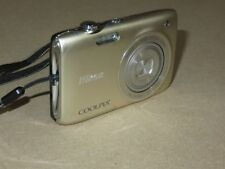 Nikon COOLPIX S3100 14.0MP Digital Camera - Silver