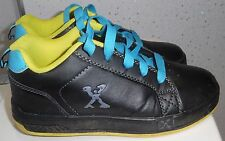 Kids marciapiede Sports con ruote. TG UK 1 EUR 33 Scarpe Da Ginnastica Da Skate Nero 770105