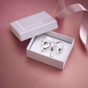 Avon Bow Brooch with crystals by Swarovski®