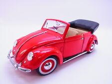LOT 65394 | Maisto VW Volkswagen Käfer Cabriolet 1951 Modellauto 1:18 rot