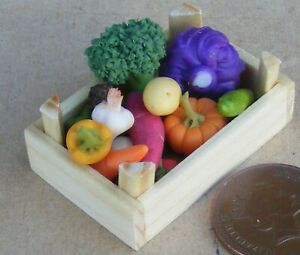 Mixed Vegetable Selection In A Wooden Box Tumdee 1:12 Scale Dolls House Food V3