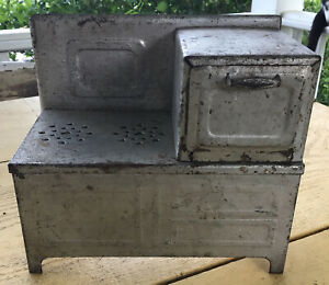 Vintage Metal Child's Oven Stove Toy