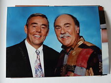 Colour 6x8 press PHOTO Saint and Greavsie