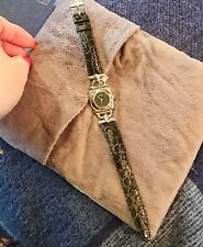 PRISTINE MINT A1COND Ladies Luxury Silver GUCCI Watch 6300L Black Leather Strap