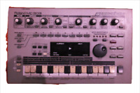 Used ROLAND MC-303 Groovebox Drum Machine Synth mc303