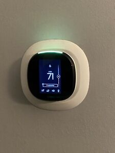 Used Ecobee4 Wifi Smart Thermostat with built in Alexa and Room Sensor