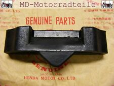 Honda CB 750 Four K0 K1 K2 - K6 Tankhaltegummi  Cushion, fuel tank rear