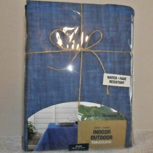 Tommy Bahama Indoor Outdoor Oblong Table Cloth