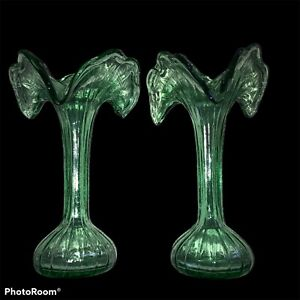 """TWO GREEN HAND BLOWN GLASS VASE LILY FLOWER SHAPED made in ITALY GORGEOUS. 10.5"""""""