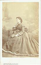 Photo cdv : Levitsky ; Vicomtesse de Grailly née de Bonnemains , vers 1863