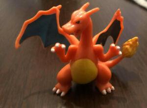 Pokemon Charizard Figure