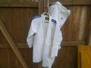 Judo Gi, Mizuno Jimmy Pedro, Size 4. ( A2 Equivalent )