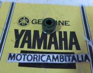 YAMAHA 51Y-12119-00 paraolio valvole tdm oil seal valve V-MAX TDM VMAX FJ1100