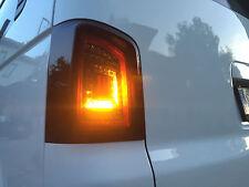 schwarze LED Rückleuchten für VW T5 Bus 03-15 DYNAMISCHER BLINKER rote Lightbar