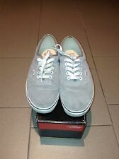 Vans Authentic Grey - EU 42 - UK 8 - US 9 man/10,5 woman