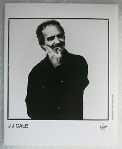 "J. J. CALE (1996) - Old Matt Black & White Press Photo 10"" x 8"" Folk Rock /Blues"