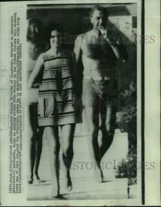 1968 Press Photo Senator McCarthy and friends on the French Riviera - now22079