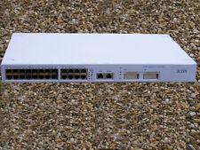 Commutateur Swith 3COM 24 ports 100Mbps 2 ports 1 Gbps 2 ports fibre optique