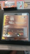 ACTION RACING FLAMED UPS PACKAGE TRUCK 1:64 LIMITED EDITION ADULT COLLECTICLE