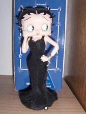 Betty Boop in zwart avondkleed