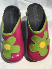 Sanita Children's Pink Clogs With Green And Yellow Flowers Size 8.5/9 uk 26