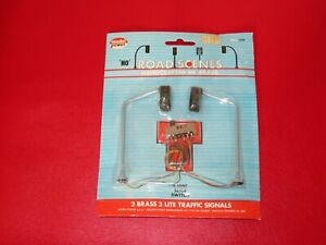 HO Scale Model Power Road Scenes / Two 3, Lite Traffic Signals