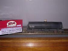 ATLAS #1031-2  Calif.Dispatch11,000 Gallon Tank Car #1528 Weathered H.O. 1/87