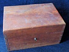 Très belle boite en bois, coffret de toilette de pensionnat / Pension wood box