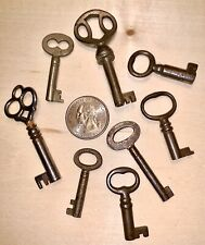 Old Antique Small Skeleton Keys Lot Of 8 with Fancy, Ornate, Rusty Bows #1