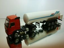 CONRAD 4397 VOLVO FH16 GLOBETROTTER TRUCK + TANKER - RED  1:50  - VERY GOOD
