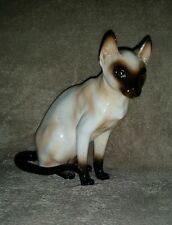 Siamese Cat/Kitten Figurine Chocolate Point Blue Eyes Vintage