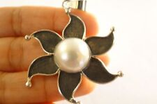 White Mabe Pearl Solitaire Flower Oxidised 925 Sterling Silver Pendant