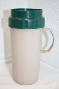 Vintage RUBBERMAID Lunch Break 1 Pint Coffee Mug Cup w/ Handle Beige/Green 375N