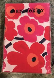 MARIMEKKO Mini Unikko Set of 2 Standard Pillowcases Red Floral Poppy Print NIP