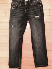 Aeropostale women's jeans size 00 cropped and distressed preowned Super Cute!