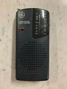 GE 7-2584A 2 Band FM/AM Pocket Receiver Radio