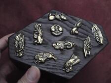 Antico Giapponese Legno Bara Scatola Repousse Brass motivo SIMBOLI KASA-On Ghost