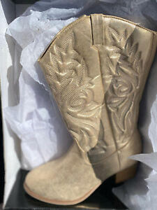 NEW Torrid Gold Faux Leather Stitched Cowboy Boot size 9.5 Wide