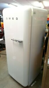 SMEG Fridge Freezer FAB 28 150cm