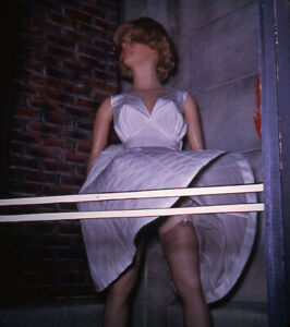 Vintage Stereo Realist Photo 3D Stereoscopic Slide PINUP Marilyn Mannequin