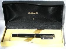 Pelikan Souveran R600 Roller Ball Black Gold Trim New In Box Product