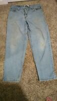 Vintage Levi's 34 x 34 Jeans 560 Red Tab